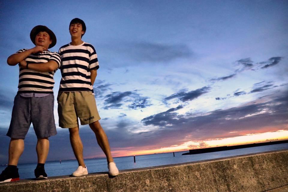 胡瓜與兒子一同合照。 圖/擷自小禎臉書。