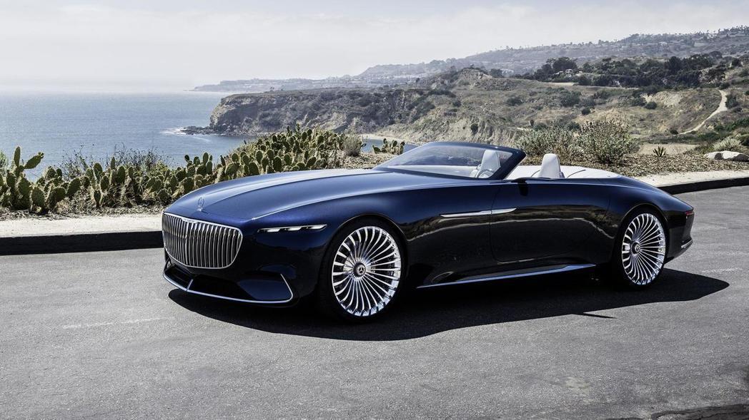 融合現代與復古的線條,整體視覺效果讓人驚艷。 圖片來源:Mercedes-Benz