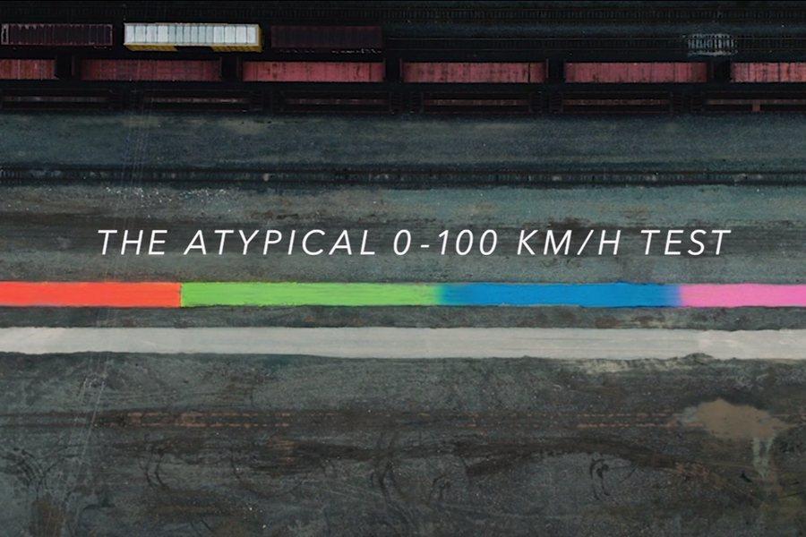 另類的0~100km/h加速實測,引起不少車迷好奇討論! 圖片摘自:Youtub...
