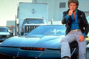 好萊塢鬧題材荒,只有不停重拍舊經典,連已在小螢幕上復出卻踢鐵板的「霹靂遊俠」都可望攻上大銀幕,不過「李麥克」大&#34910霍塞荷夫興致勃勃想打造類似「羅根」的灰暗、嚴肅風格,電影公司卻想走...