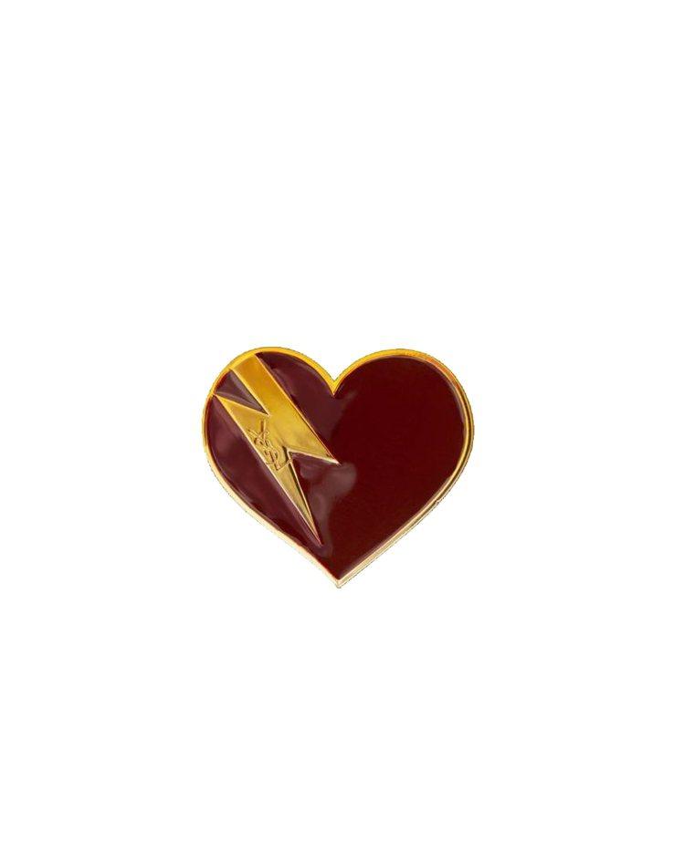 閃電愛心圖樣胸針,12,450元。圖/Saint Laurent提供