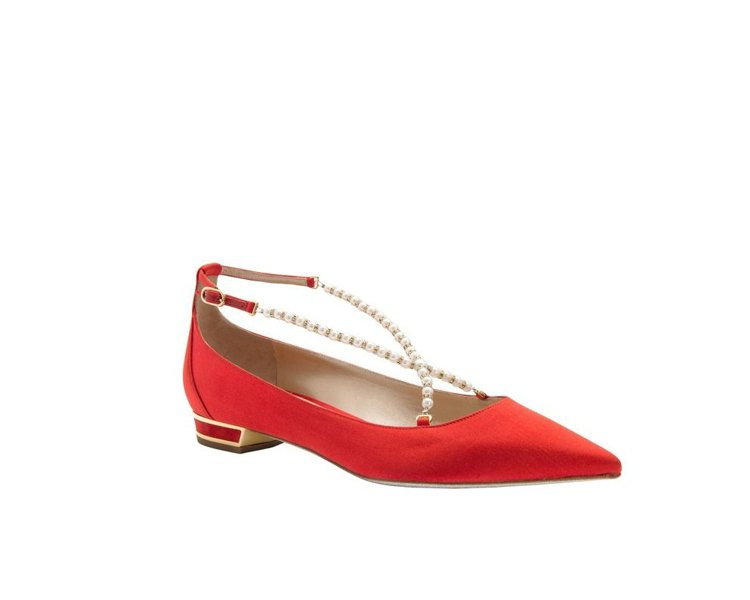 RENE CAOVILLA豔紅緞面珍珠鑽砂平底鞋,售價19,800元。圖/REN...