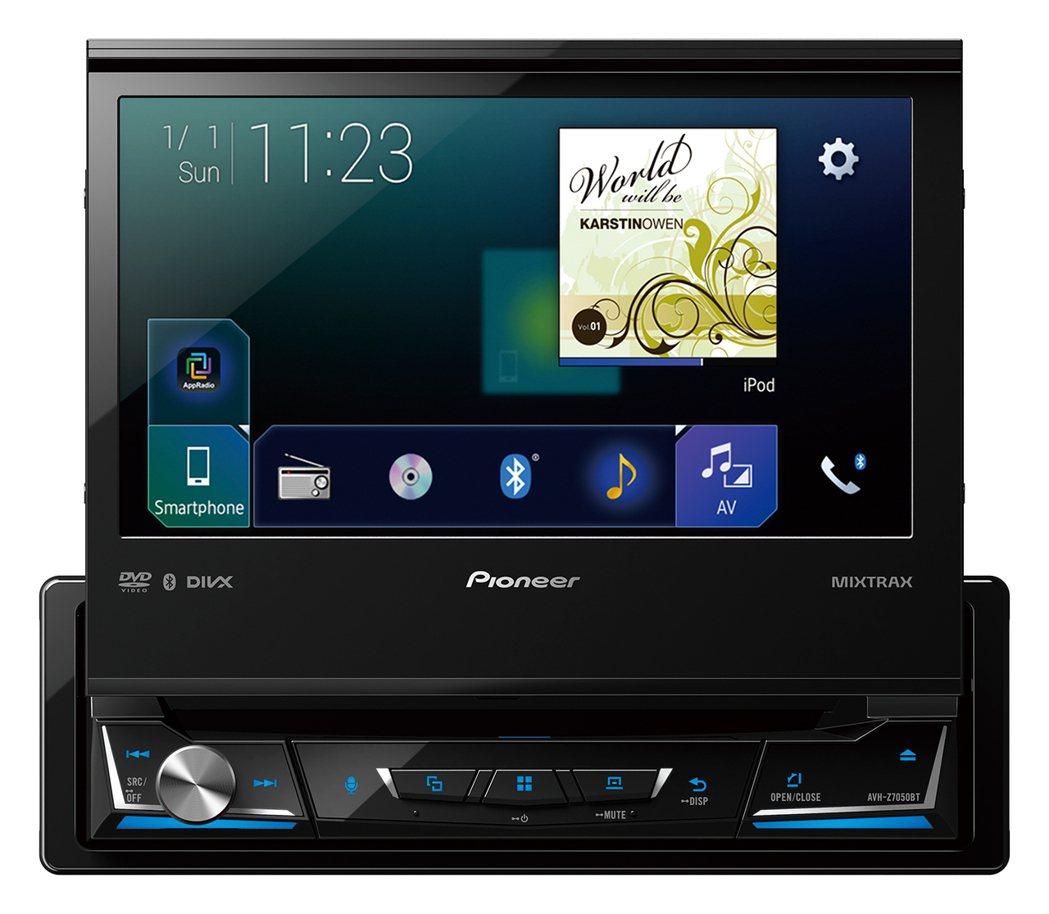Z系列高階薄型設計款AVH-Z7050BT,1-Din主機搭載7吋螢幕的設計,讓更多車型的車主能享受Pioneer Z系列帶來的高規格駕車體驗,售價34,900元。 圖/Pioneer提供