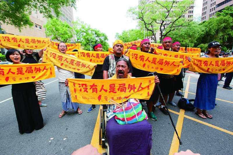 質疑「沒有人是局外人」的訴求,真的是在分化原住民嗎? 攝影/郭晉瑋