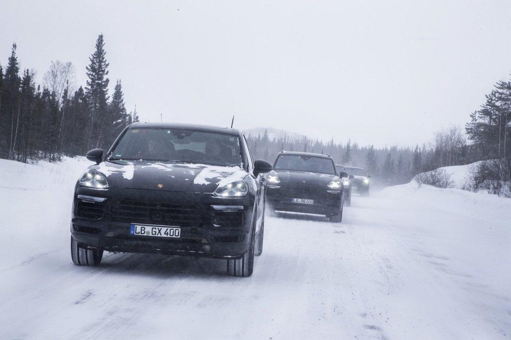 全新Cayenne原型車在加拿大接受測試。圖/Porsche提供