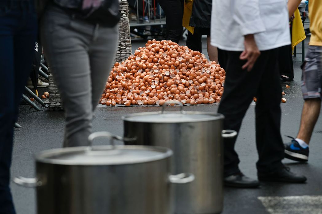 毒雞蛋風波一路從歐洲燒到亞洲,短短一周內,南韓被檢測出芬普尼跟畢芬寧殘量超標的蛋...