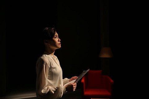 音樂劇《焢肉遇見你》陳品伶挑戰一人分飾六角。