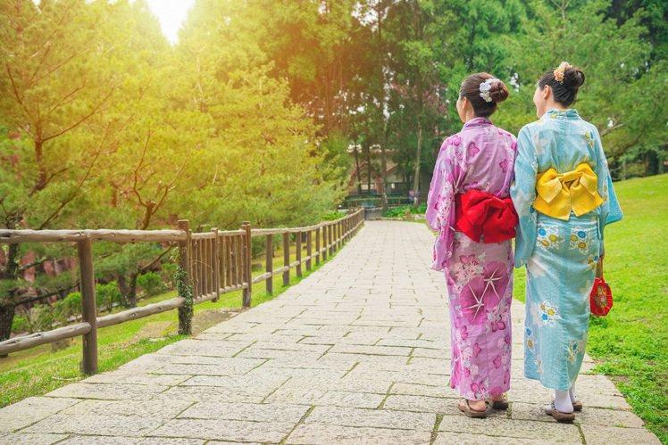 七夕不只情人限定,閨蜜之旅正夯。圖/KAYAK提供