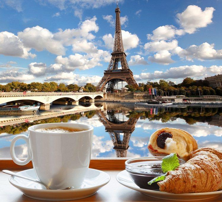 到甜點之鄉巴黎和閨蜜同「饗」法式浪漫。圖KAYAK/提供