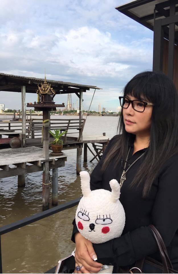 唐綺陽在泰國出外景。圖/亞洲旅遊台提供