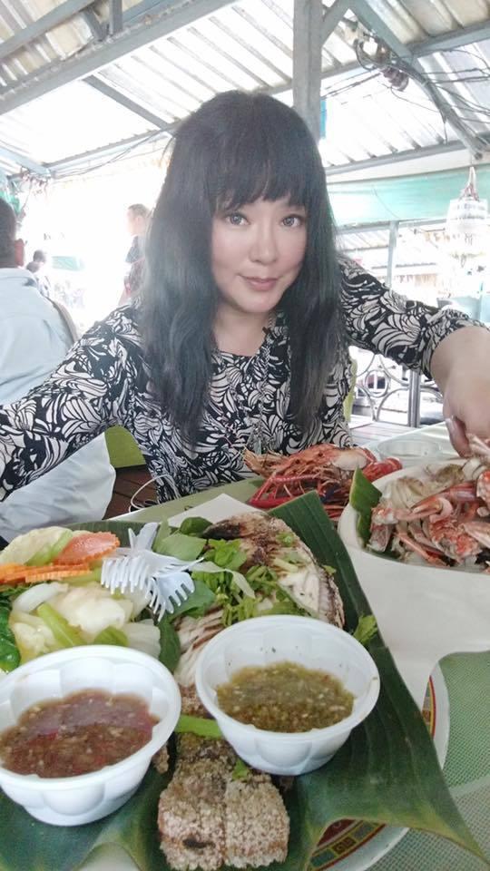 唐綺陽遊泰國水上市場。圖/亞洲旅遊台提供