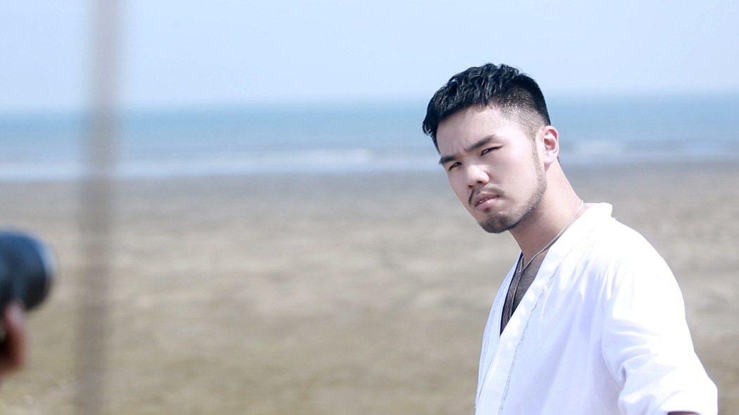 林欣甫曾因失戀把自己關在房裡一天一夜沒動靜,媽媽嚇得差點報警。圖/凱渥提供