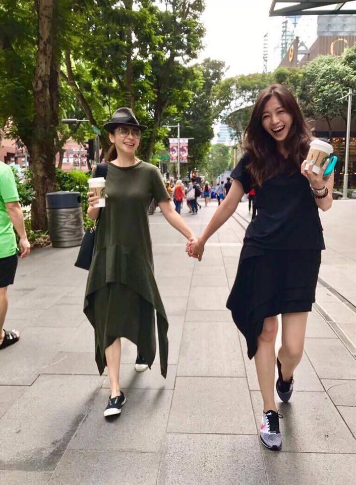 徐若瑄再度秀出與姊姊的合照。圖/翻攝自臉書