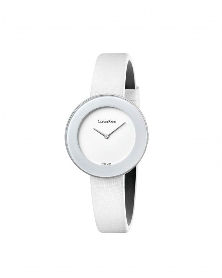 Calvin Klein Chic 摩登系列白色表面腕表,約8,100元。圖/C...