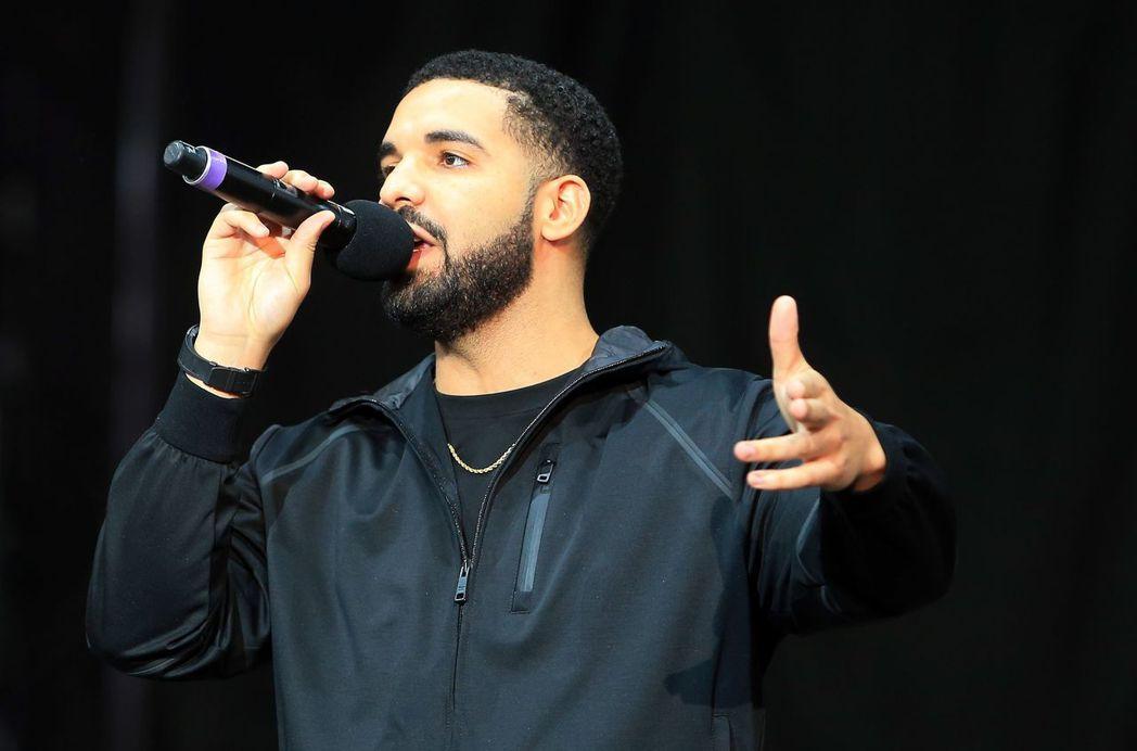 加拿大歌手德瑞克。 (法新社)