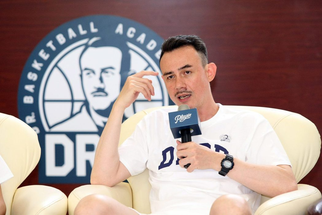 鄭志龍曾多次代表台灣參加國際籃賽。 圖/多拏運動顧問公司提供