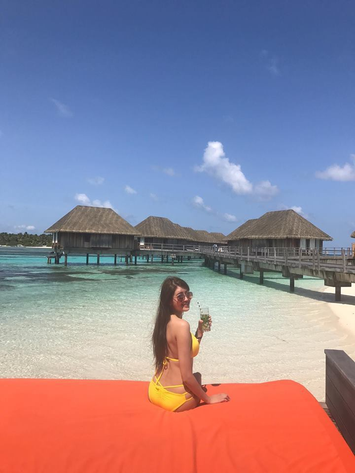 賴琳恩在馬爾地夫展露性感好身材。圖/摘自臉書
