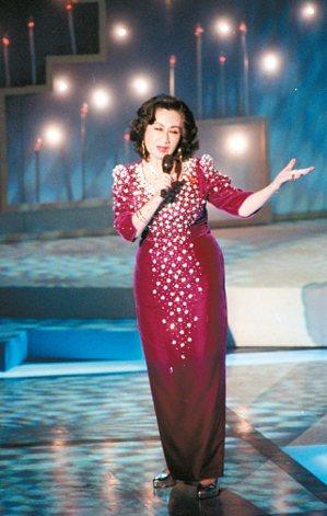 1995年,金馬獎於國父紀念館舉行,白光擔任表演嘉賓。 圖/本報資料照片