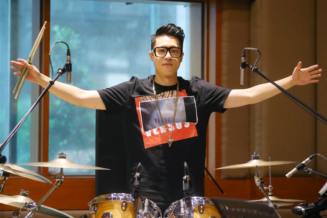 歌手周湯豪下午舉行PARTY TOUR台北場演唱會彩排。記者王騰毅/攝影