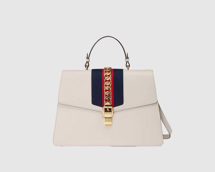 Sylvie織帶裝飾提包 (大),16萬200元。圖/Gucci提供