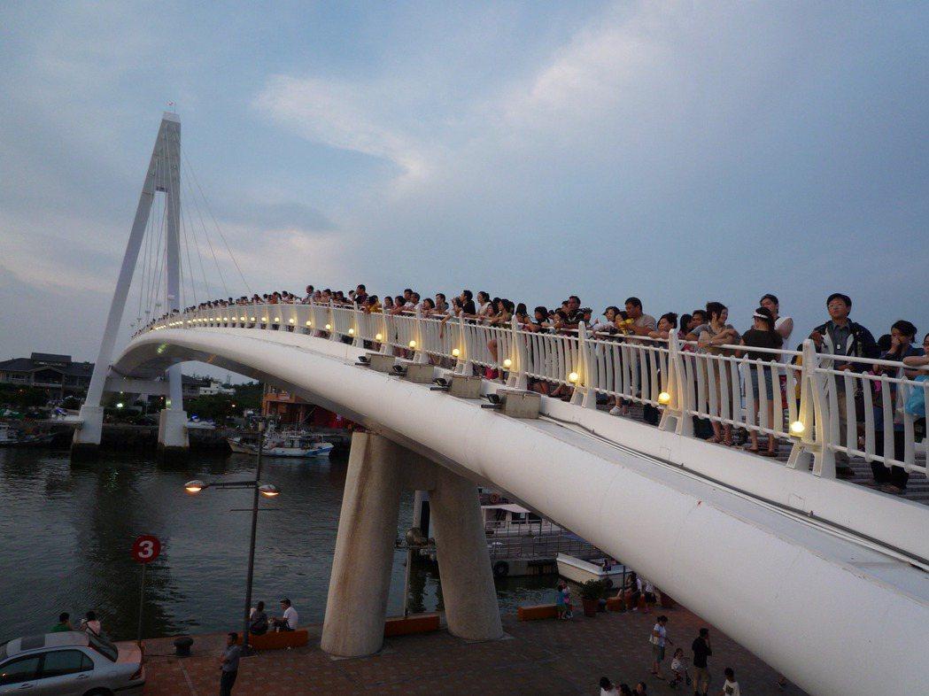 淡水漁人碼頭情人橋。 報系資料照