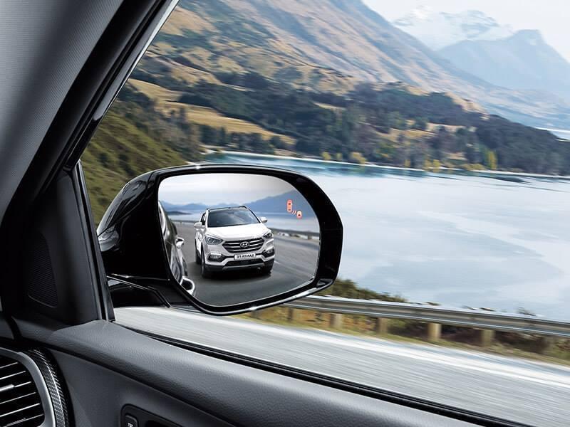 盲點偵測系統。 摘自Hyundai