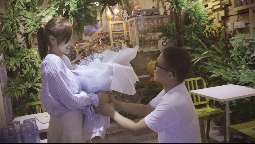 「蜜蜂老大夫妻」透過《Garena 傳說對決》相識相戀,更將在今年步入禮堂。