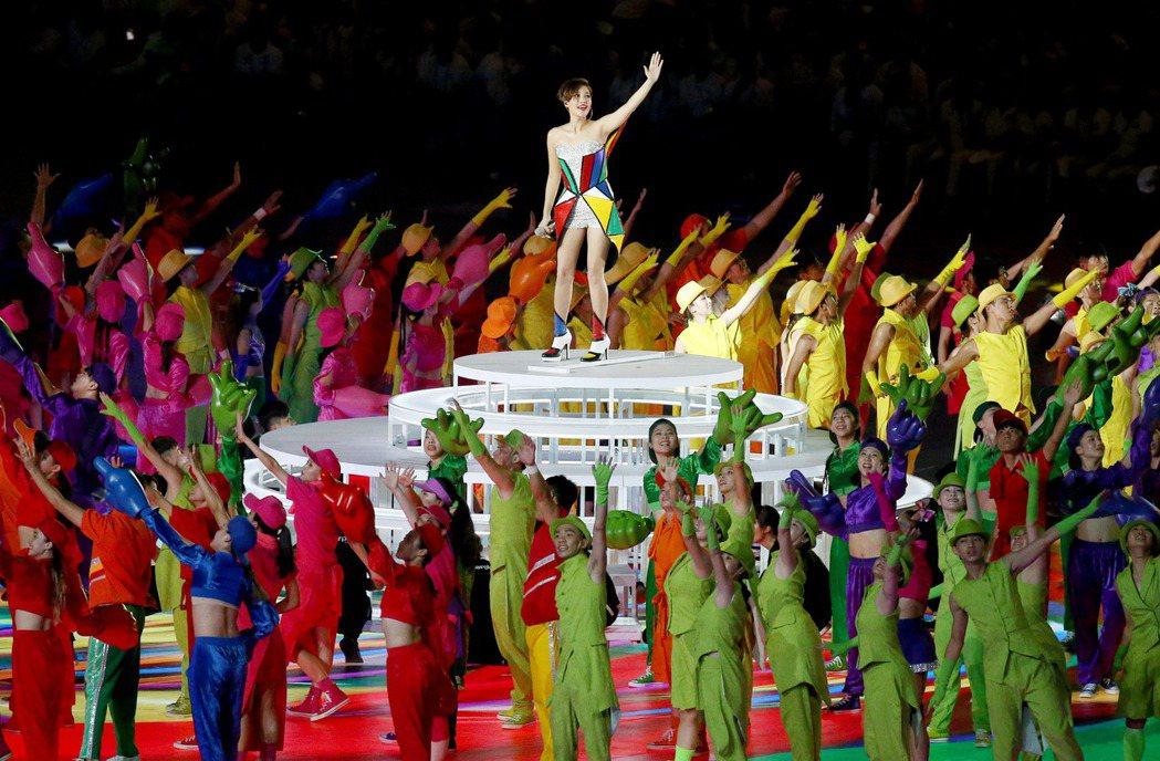 A-Lin在世大運開幕獻唱。 記者余承翰/攝影