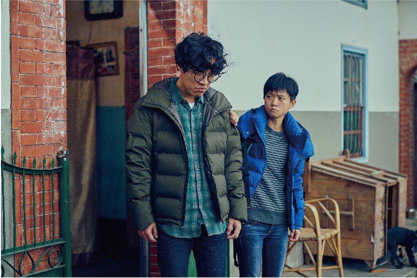 盧廣仲(左)與嚴正嵐都因「花甲男孩轉大人」多出許多不同年齡層的粉絲。圖/台視提供