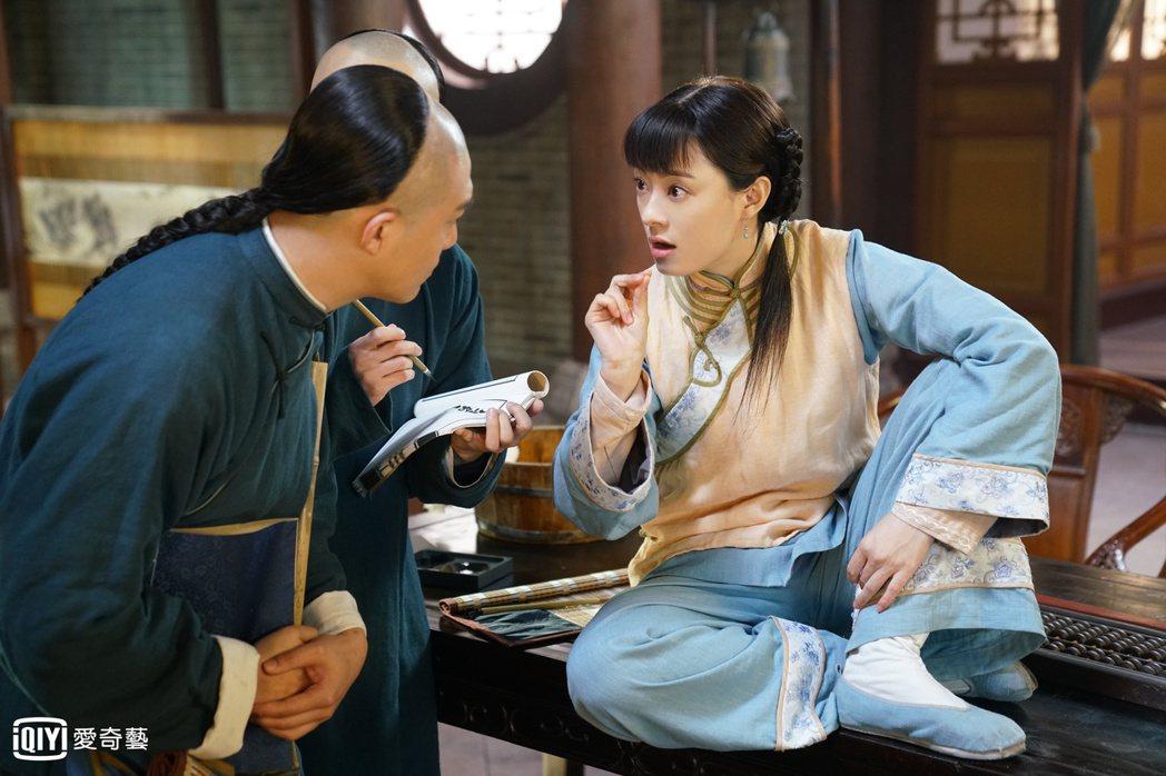 孫儷(右)為「那年花開月正圓」下足苦心。圖/愛奇藝台灣站提供