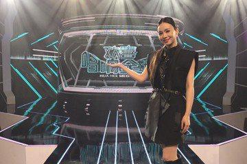 歌手杜忻恬自民視「明日之星」出道,現在加入民視「台灣那麼旺Taiwan NO.1」的新加入的參賽者,表現亮眼的她近日受邀到馬來西亞Astro電視台,參加「歡喜唱響全球」歌唱節目的比賽,杜忻恬說:「去...