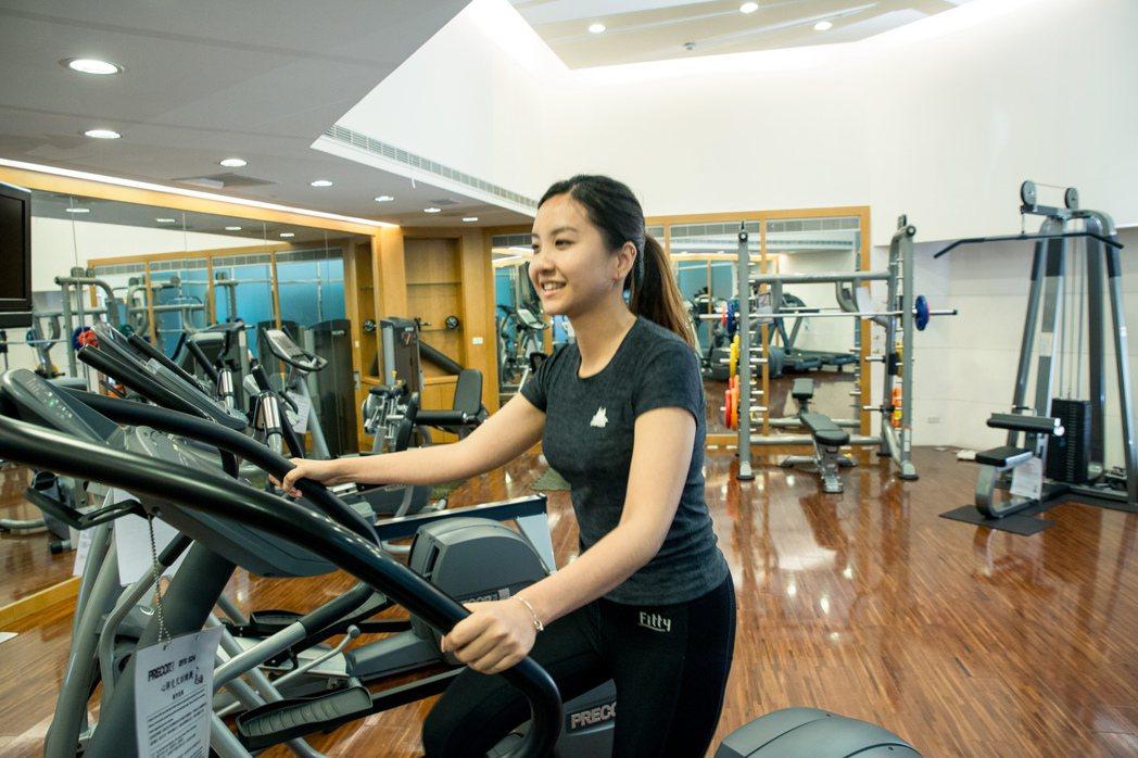 中壽推出新保單「GO健康」,勤走路還能享保費折減。 中壽/提供