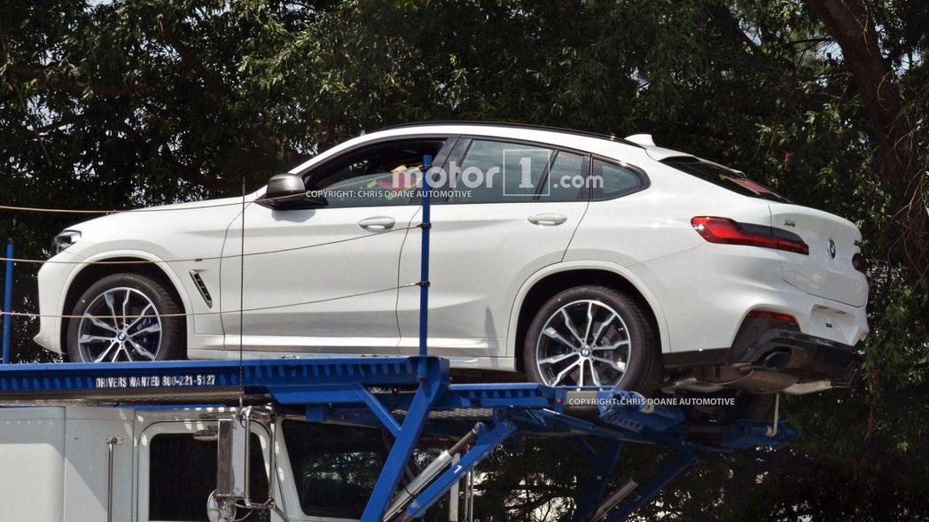 圖為全新BMW X4無偽裝間諜照。 摘自Motor 1