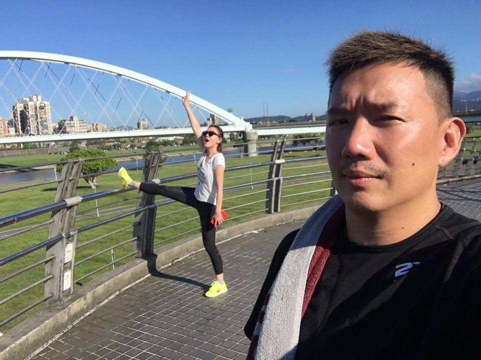 港星杜汶澤與老婆田蕊妮這幾天到台灣遊玩。 圖/擷自臉書。