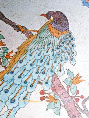 台南白河大仙寺的磨石子鳳凰。 陳國慈/圖片提供