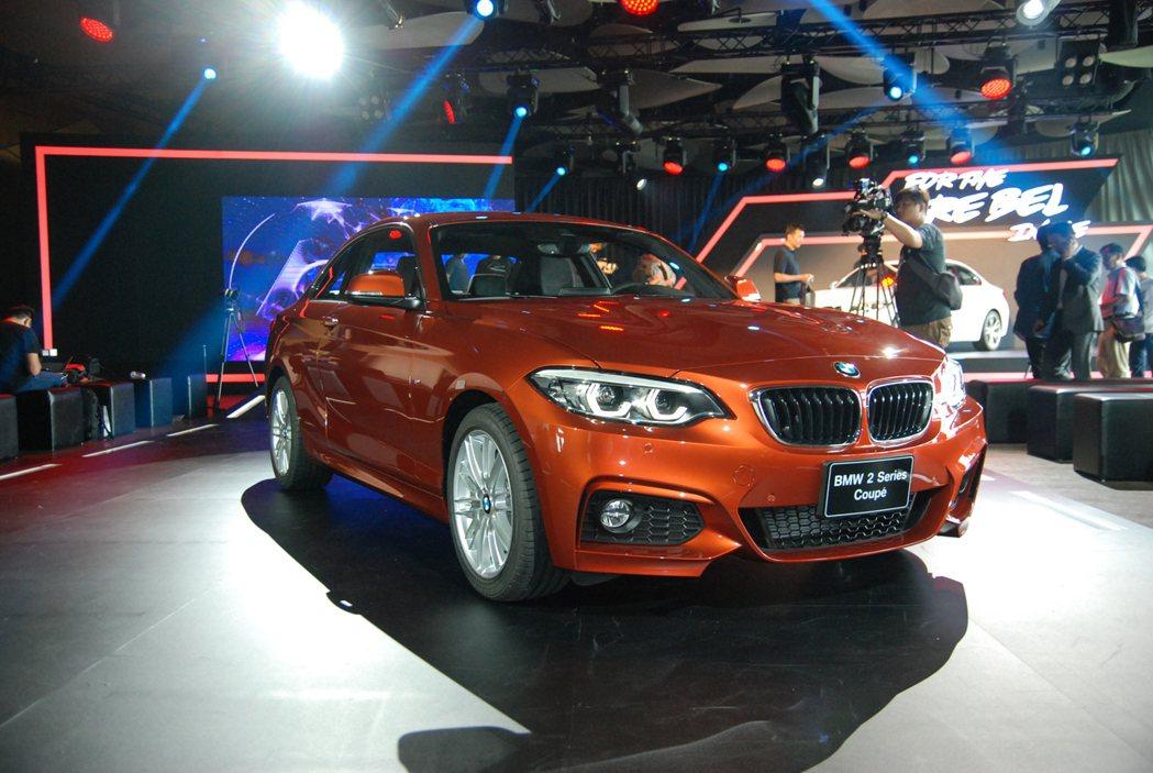 圖為BMW 220i M Sport Package。 記者林鼎智/攝影