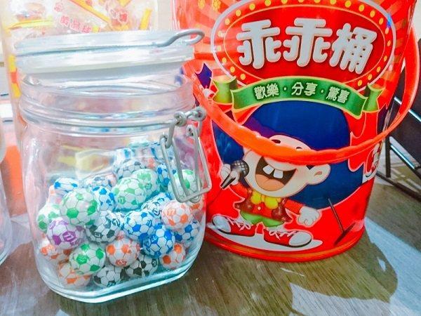 充滿童趣的古早味糖果。 徐谷楨/攝影