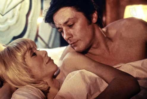 亞蘭德倫與蜜麗葉達克在「愛人關係」有親熱戲。圖/摘自Moïcani