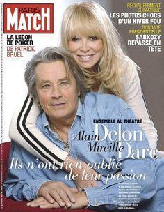 亞蘭德倫和蜜麗葉達克分手多年,交情仍深,再度聯手登上雜誌封面。圖/摘自Paris...
