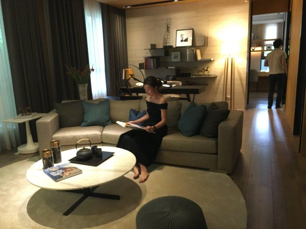 「華太松庭」鎖定換屋客層,大尺度的格局規劃,可以提高居住生活的舒適度。記者宋健生...
