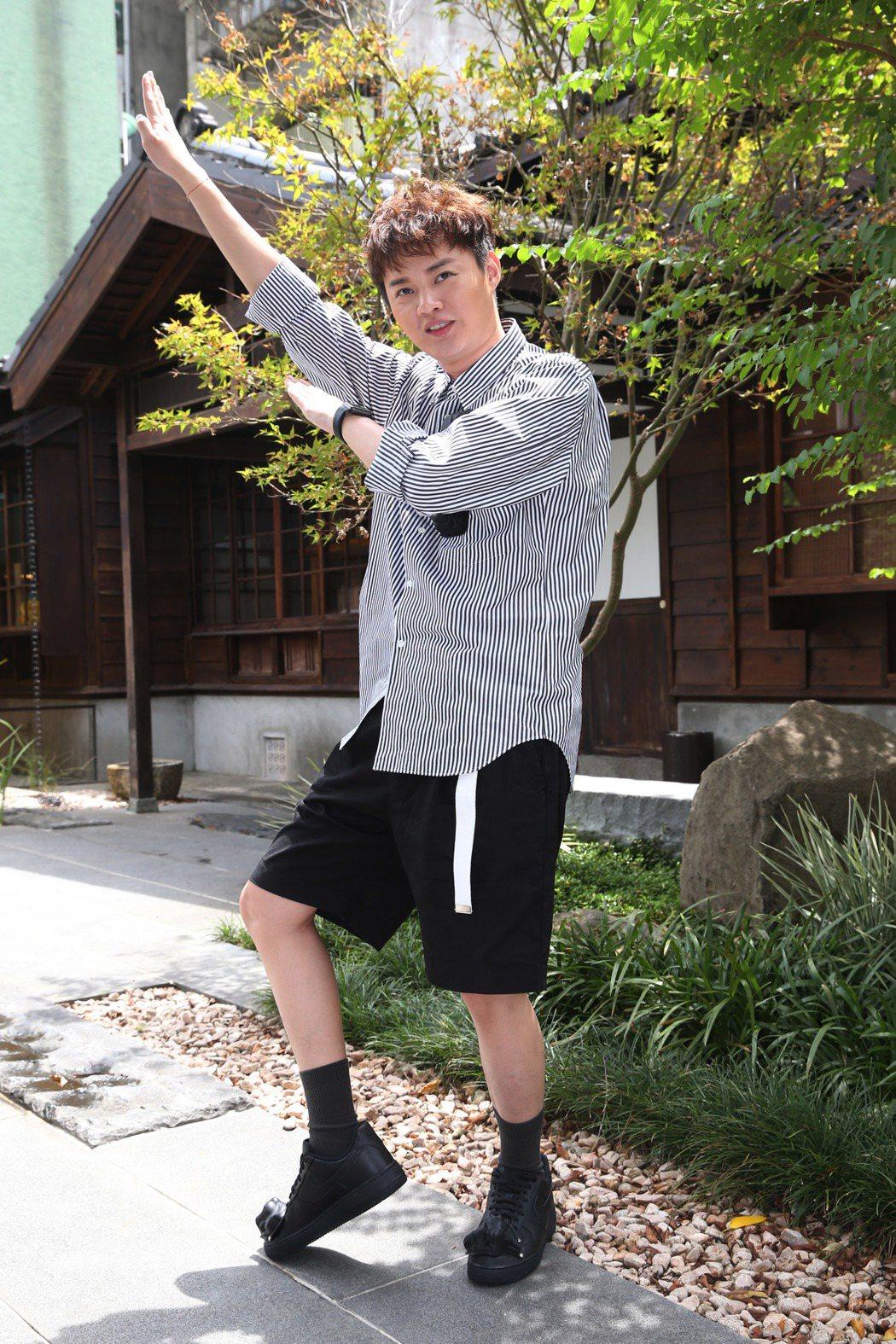 台語小天王許富凱日本遊學3個月歸來,年底將舉辦「讓歌延續」音樂會、新專輯,蓄勢待...