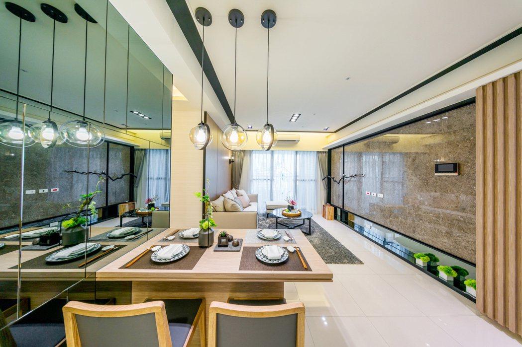 兩房的格局,客廳有落地窗,引進滿室陽光。 圖片提供/友友建設