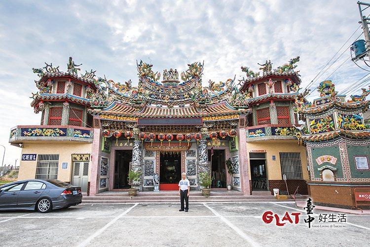 有百年歷史的和安宮是當地人的信仰中心。
