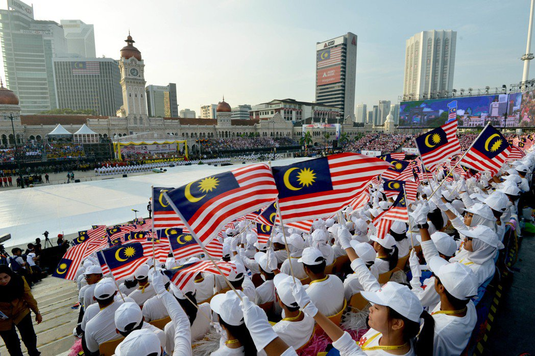 台教大系統將赴馬來西亞招生,預計提供194個名額。圖為馬來西亞8月31日在首都吉...
