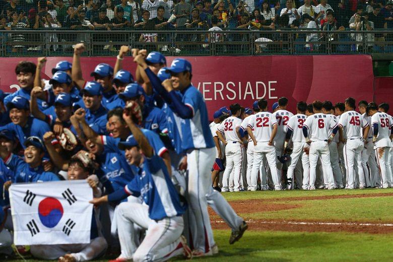 台灣運動迷不一定需要國族英雄,就能享受運動參與所帶來的愉悅,並真心給予運動員掌聲...