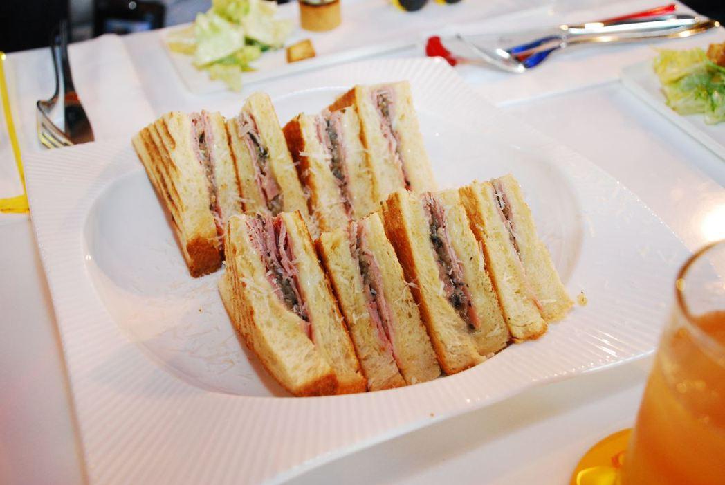 火腿起司松露洋蔥三明治。記者林昱丞/攝影