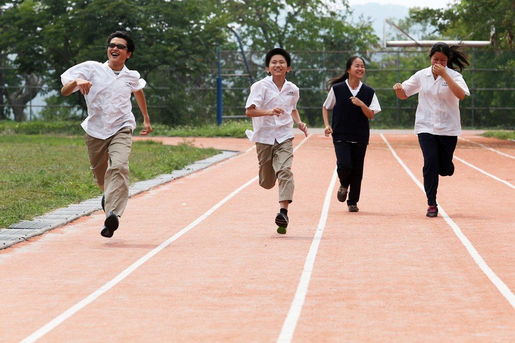 在全台各地看不見的地方,有默默努力的老師與學生。本報資料照/記者劉學聖攝影