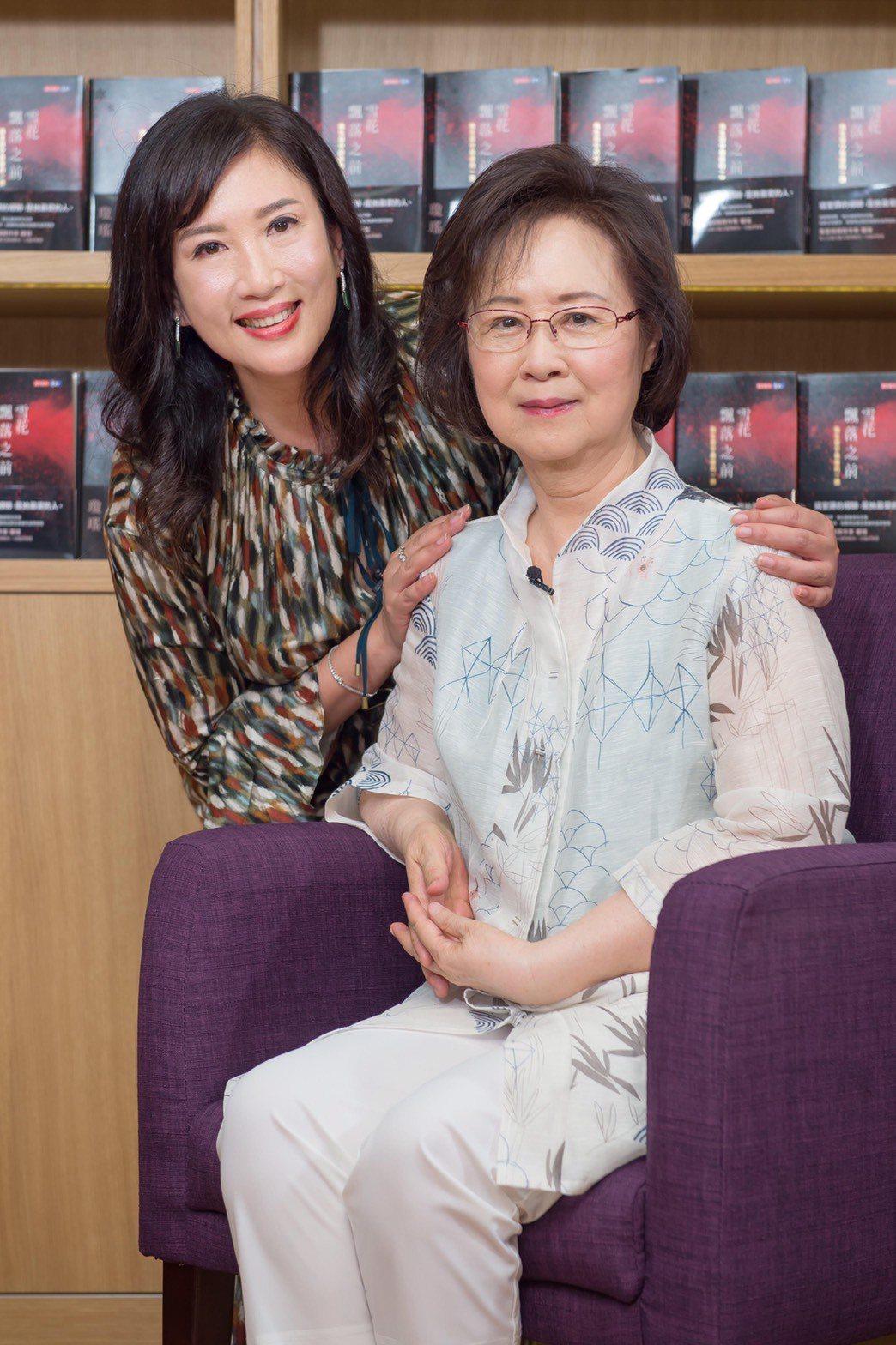 瓊瑤將人生第一次電視專訪獻給方念華。圖/TVBS提供