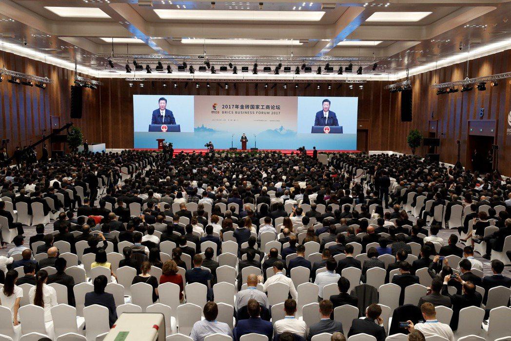 國家主席習近平,在廈門國際會展中心出席金磚國家工商論壇開幕式。 (中新社)