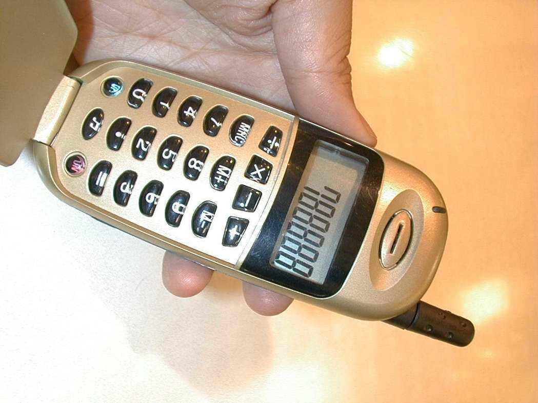 小海豚手機曾在國內風行多年。 圖/報系資料照